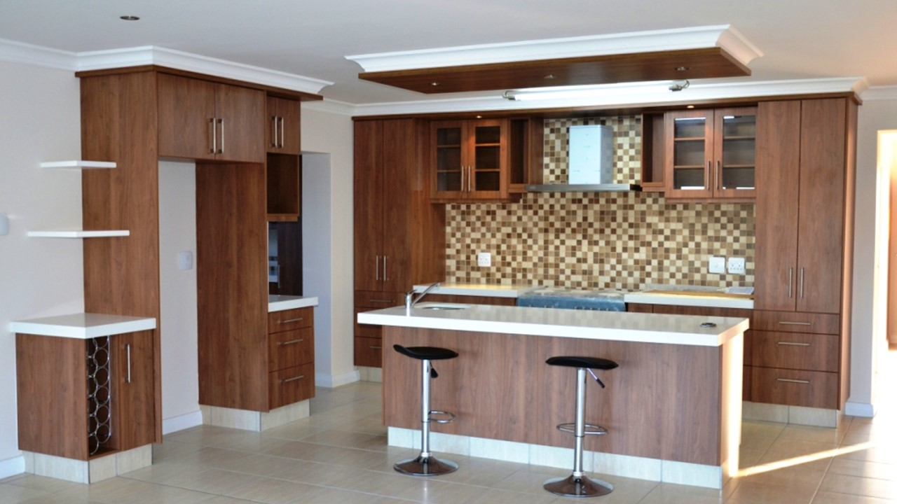 Built in cupboards George